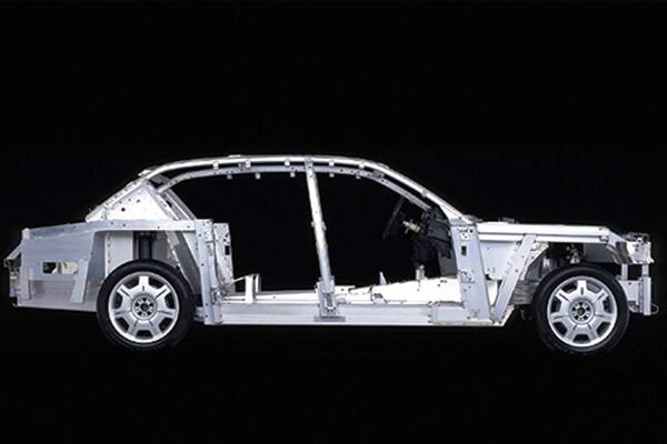 Phantom Aluminum E Frame Chis